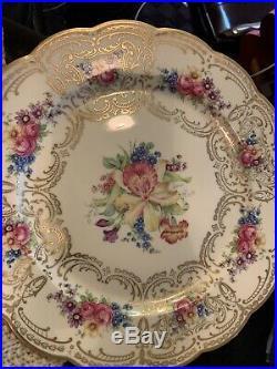 11 Royal Bayreuth China Bavaria Dresden-style dinner plates gold