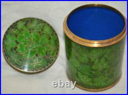 Antique Chinese green Cloisonne Enamel Round Covered Box Jar royal blue inside