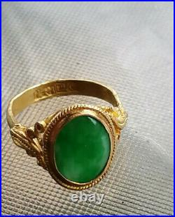 Antique beautiful chinese 22k gold ring with grade A imperial jade