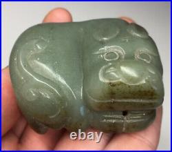Chinese Jade Foo-Dog Imperial Shishi Lion Green Stone Netsuke Toggle Beast