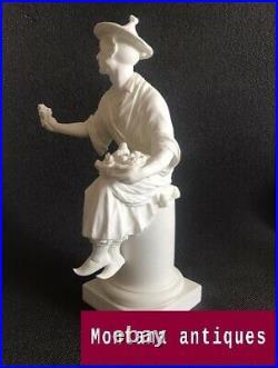 Vintage 20th England Original Royal Worcester Chinese porcelain Figurine marked